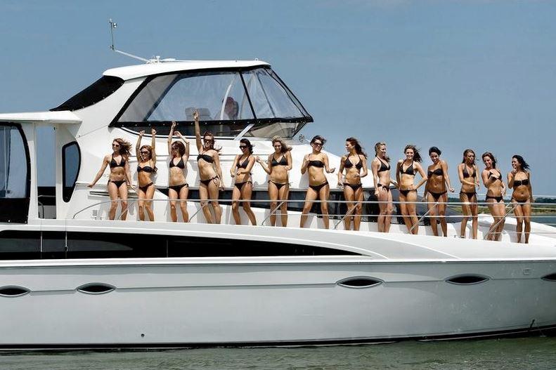 amirs boat.JPG