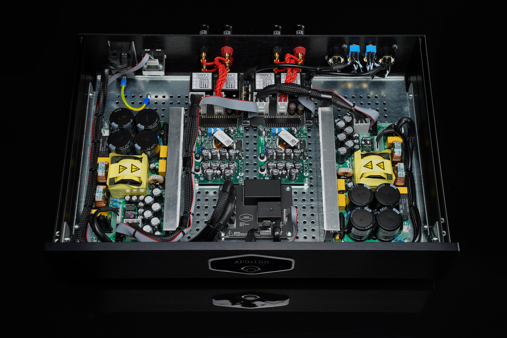 Apollon-Audio-Hypex-Nc500-based-Amplifier-front.jpg