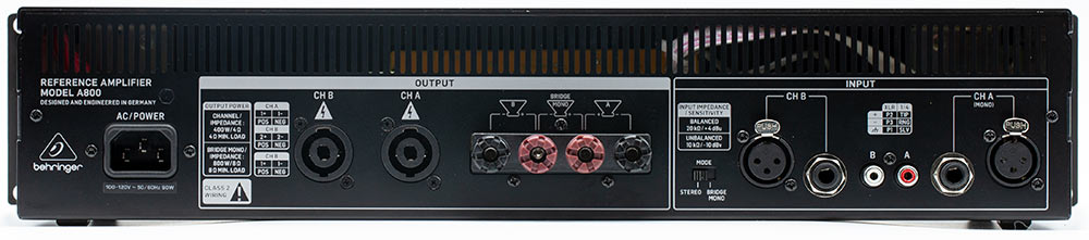 Behringer A800 professional Class D stereo amplifier Back Panel Connectors Inputs Audio Review.jpg