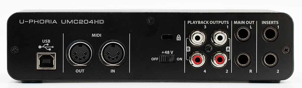 Behringer UMC204HD DAC and ADC Audio Interface Back Panel Connectors Audio Review.jpg