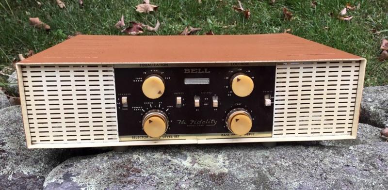 Bell 2300 Amplifier-01.jpg