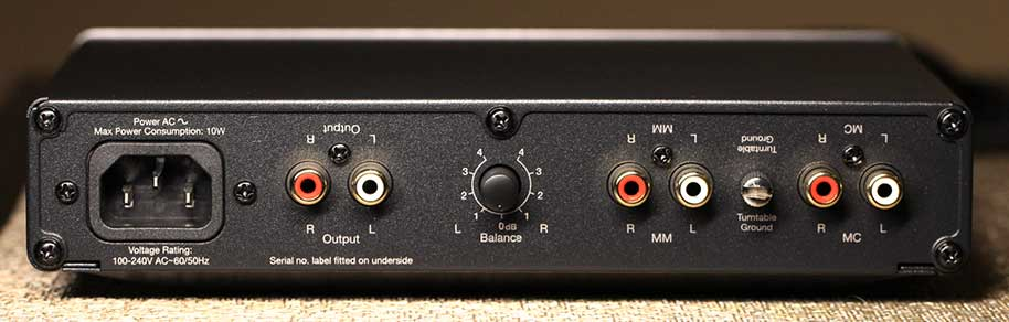 Cambridge Audio Duo Phono Pre-amp rear panel review.png.jpg