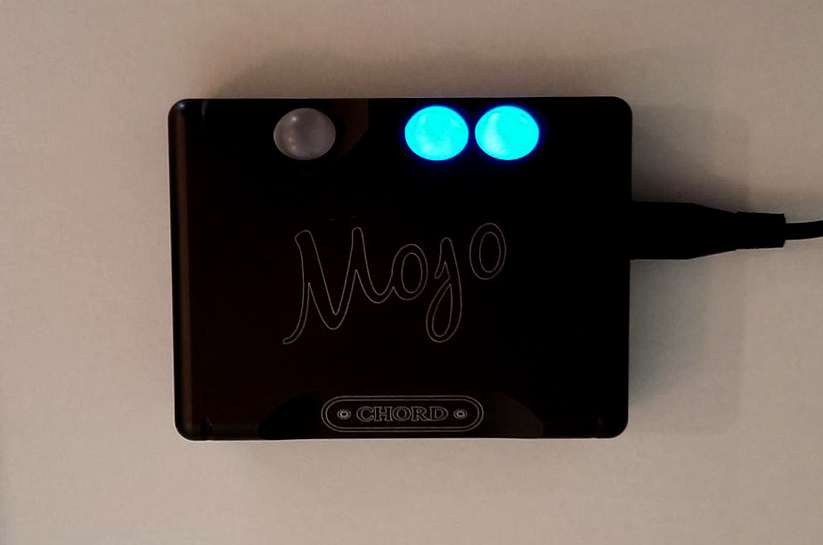 Chord Mojo DAC and Headphone Amplifier Review.jpg