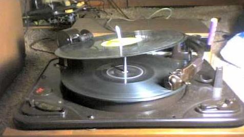Garrard 88-4 Record Changer.jpg