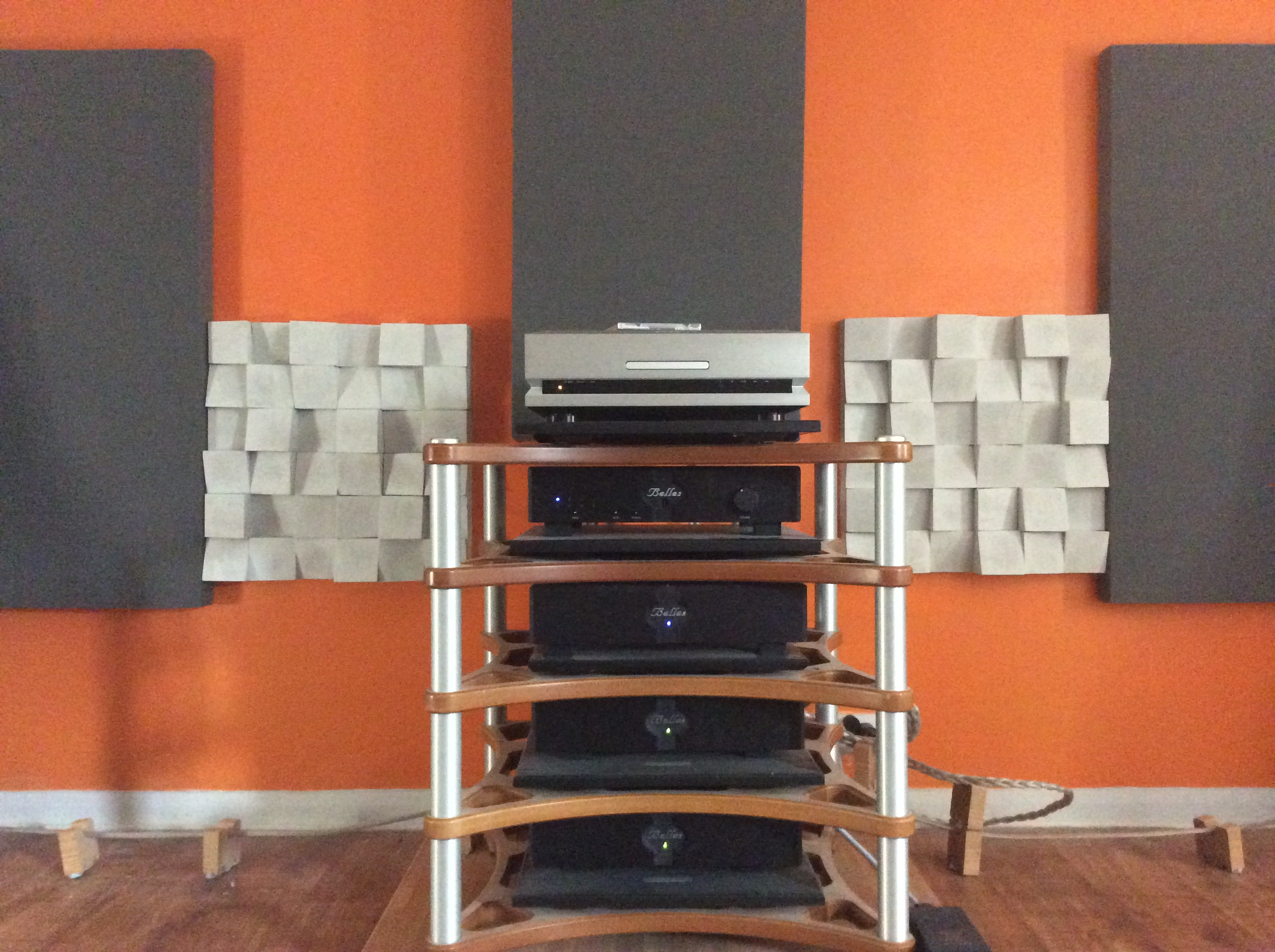 Acoustic effects of the audiophile shrine | Audio Science Review