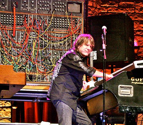 Keith_Emerson_&_Moog_15May10.jpg