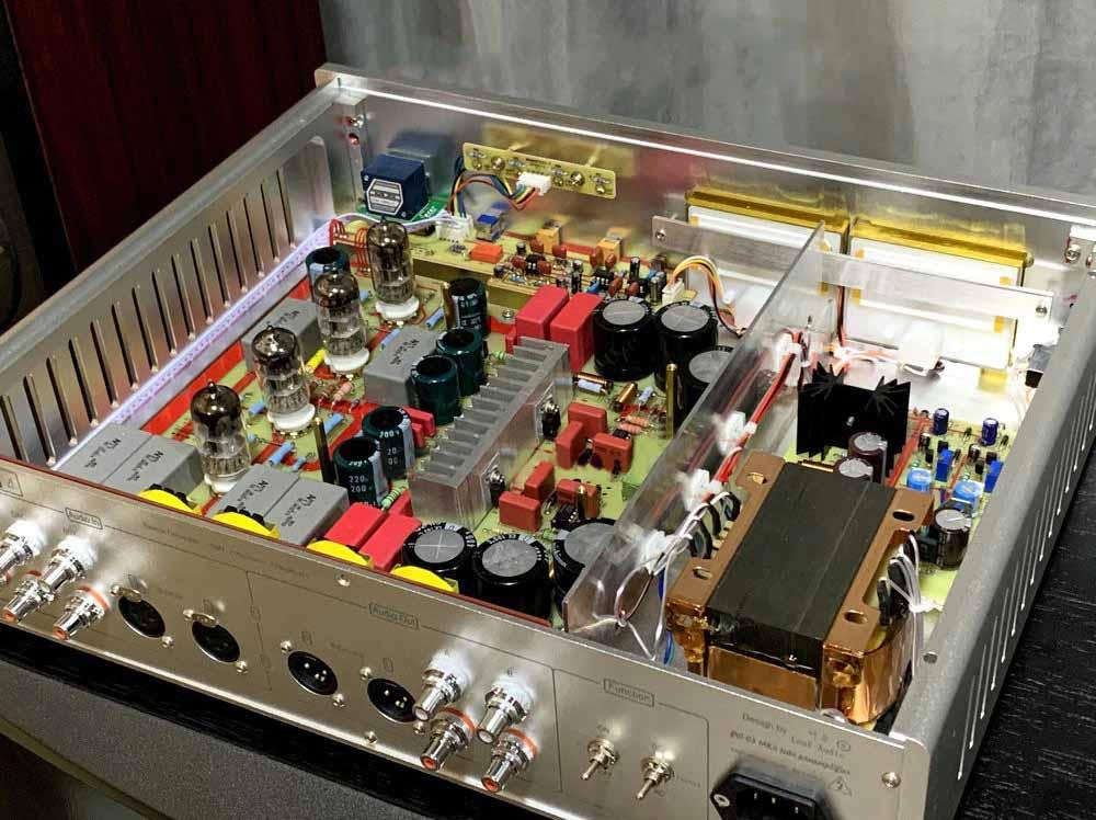 Leaf Audio PA-03 MKII Review teardown Tube Preamplifier.jpg