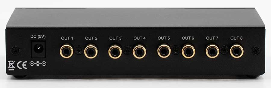 minidsp U-DAC8  8 channel USB DAC Back panel connectors input output Audio Review.jpg