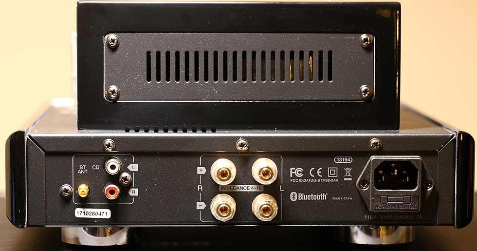 Monoprice Stereo Hybrid Tube Amplifier Back Panel Audio Review.jpg