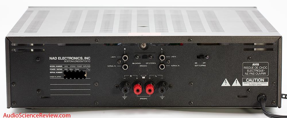 NAD 2200 stereo power amplifier back panel audio review.jpg