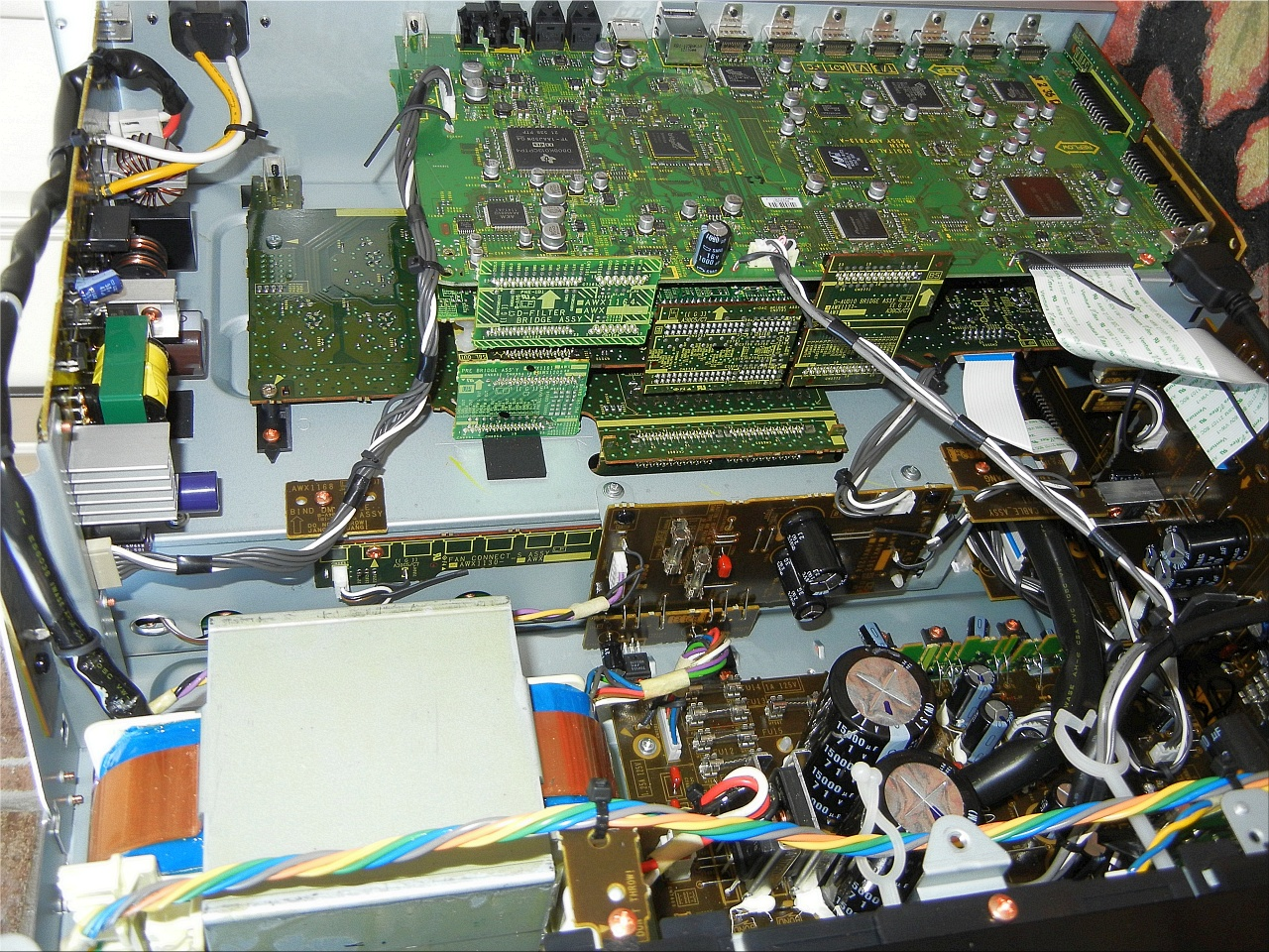 Pioneer-SC-61-inside.jpg