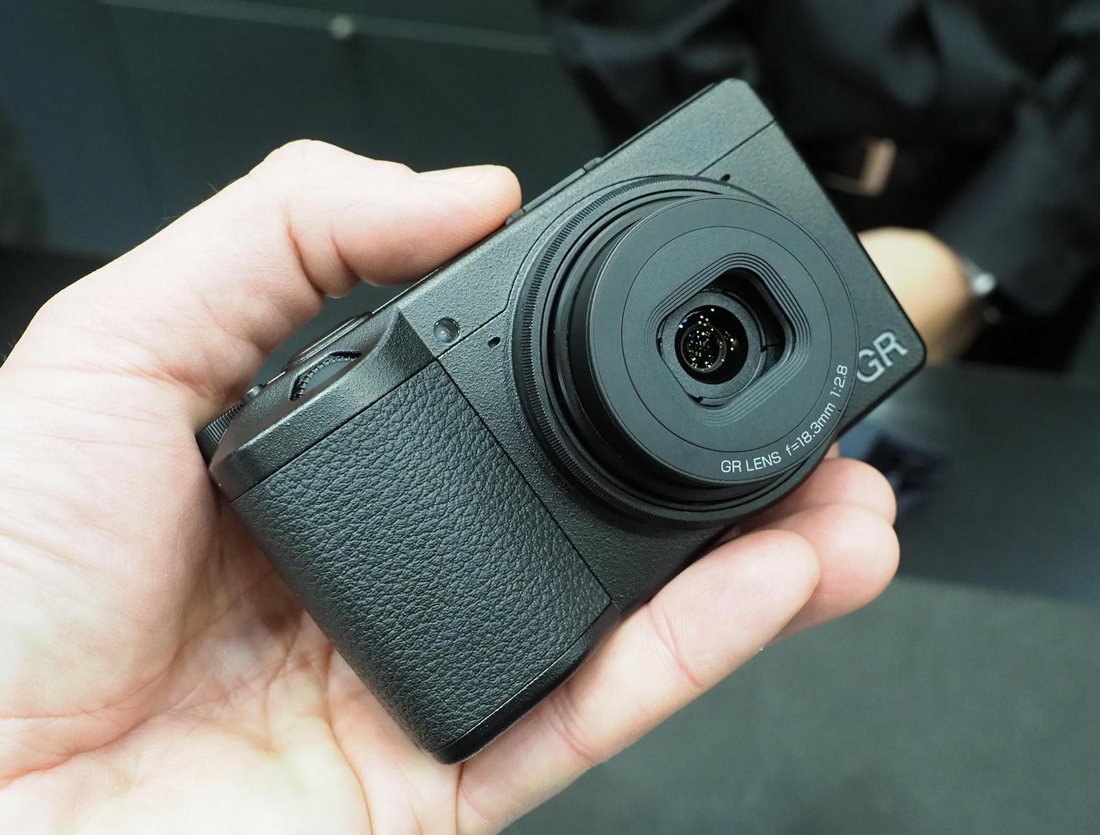 Ricoh-GR-III-camera.jpg