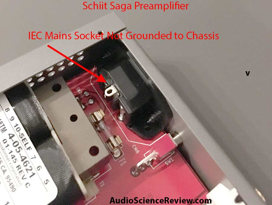 Schiit Saga Hum IEC Mains Not Grounded.jpg