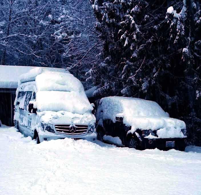 Snow RV.jpg