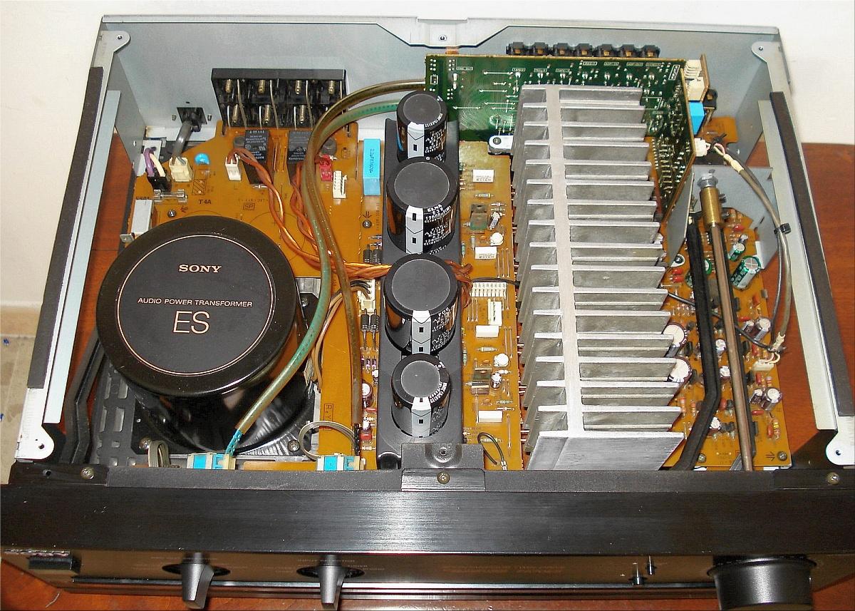 Sony-TA-F570ES-inside.jpg