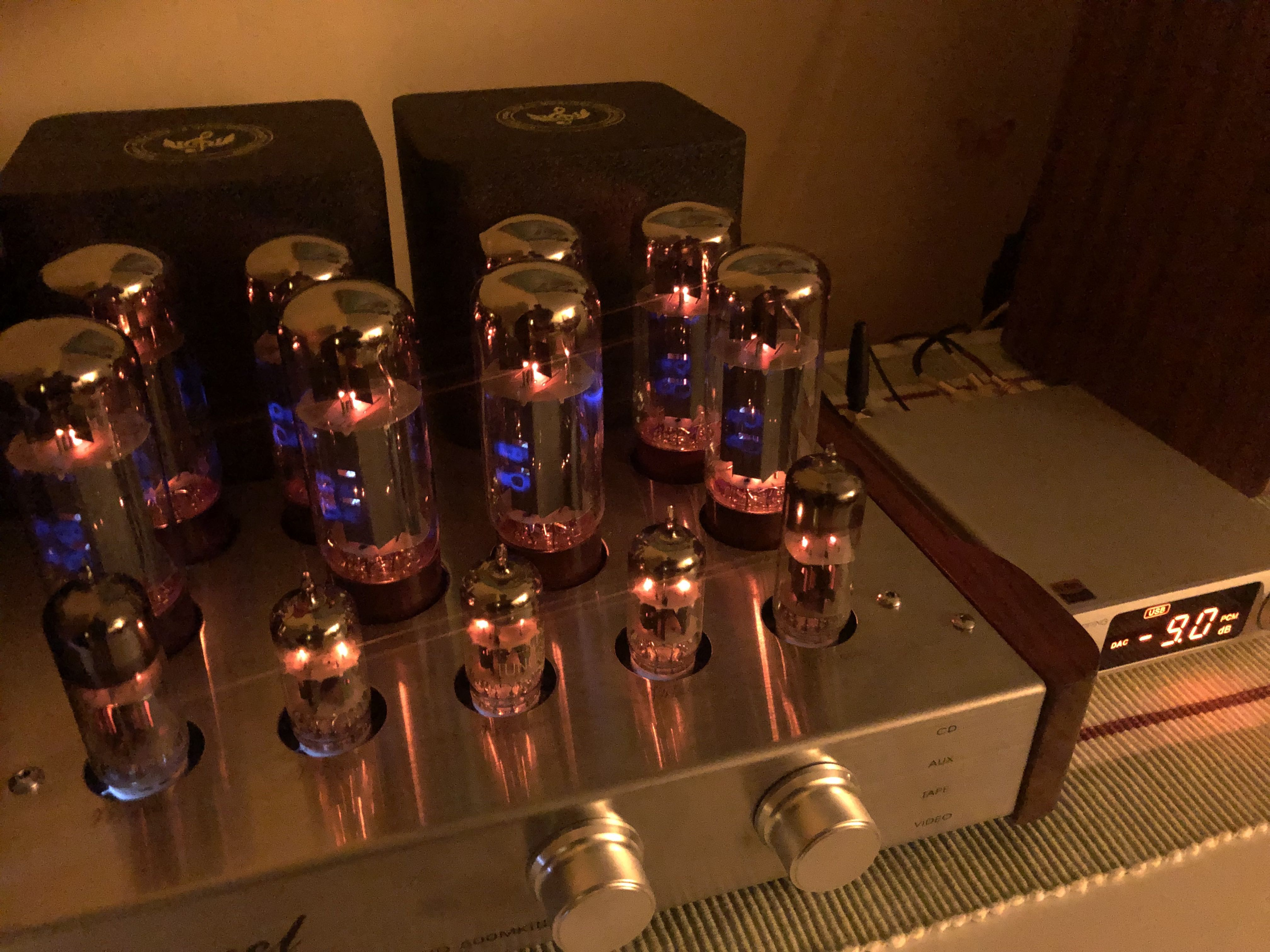 valve_amp2.jpg
